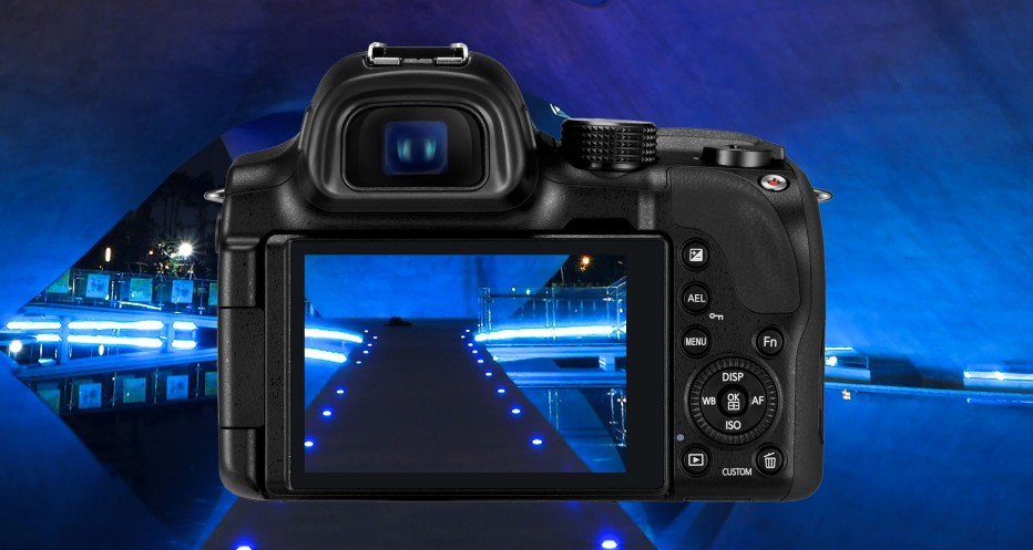 Samsung Nx3 series,Smart Camera with Cosmos Lens
