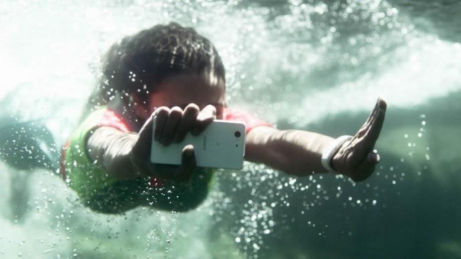 Sony Xperia Z3 ,  Aqua Defiant,  Water Proof  Smart Phone