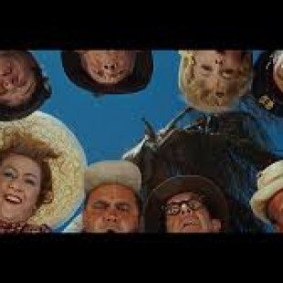 Its a Mad Mad Mad World ! Classic Comedy